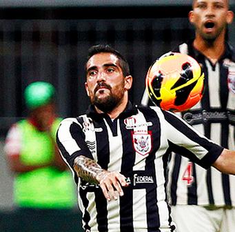 Escudero pelo Vitória em 2014. (Felipe Oliveira / ECV)