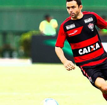 Juan atuando pelo Vitória em 2014. (Felipe Oliveira / ECV)
