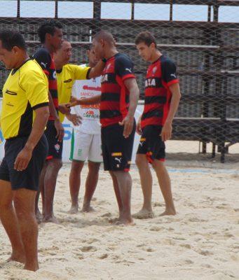 Time de beach soccer do Vitória. (Divulgação / CBBS)