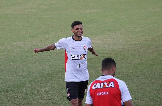 Na Bahia, Coritiba tenta superar desfalques diante do Vitória no Brasileirão