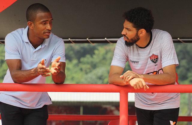 Vitória deve ter duas mudanças para encarar o Flamengo, domingo