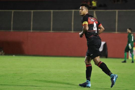 Edcarlos retorna e Chamusca convoca 23 jogadores para enfrentar o Atlético  de Alagoinhas 24da7371d6d3b